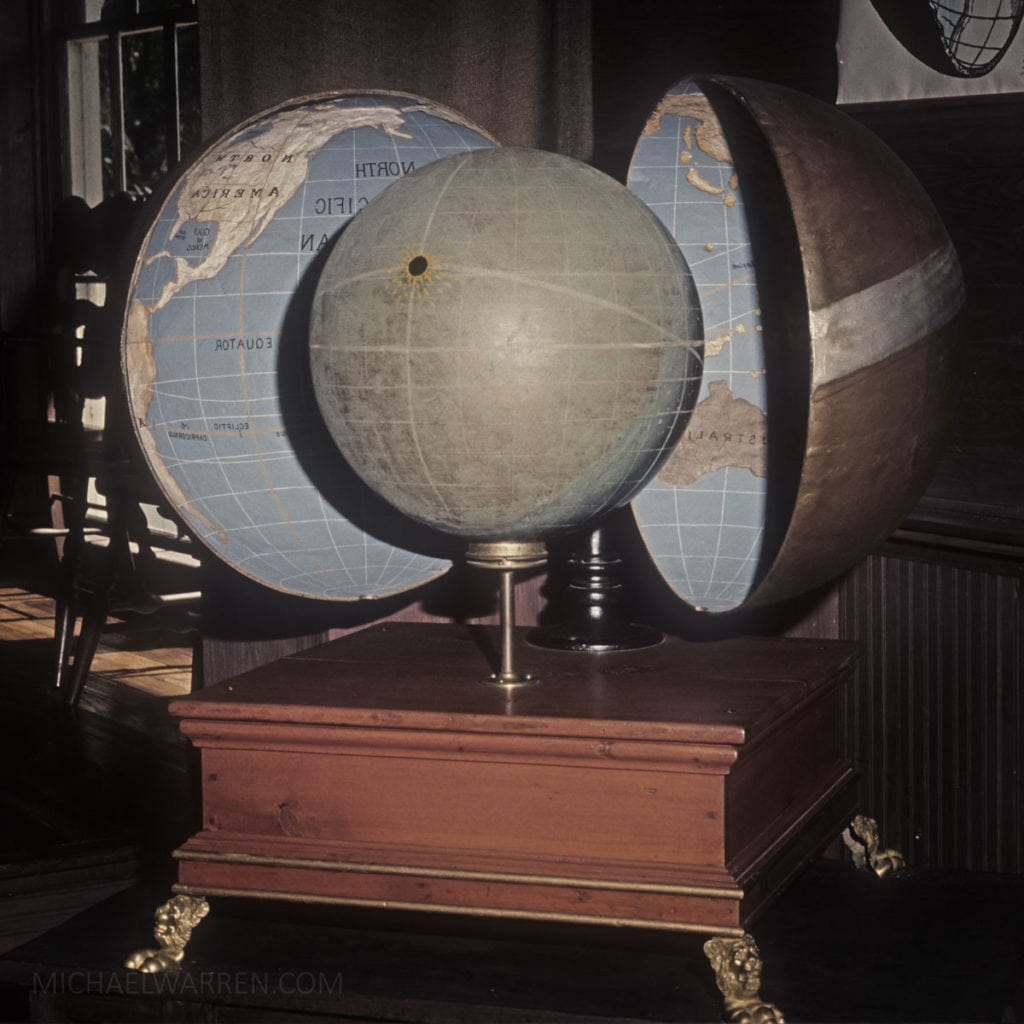 Holow Earth Globe